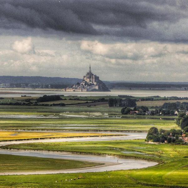 Uitzicht op de berg Saint Michel, Normandië: semi-stedelijke microfarm #2