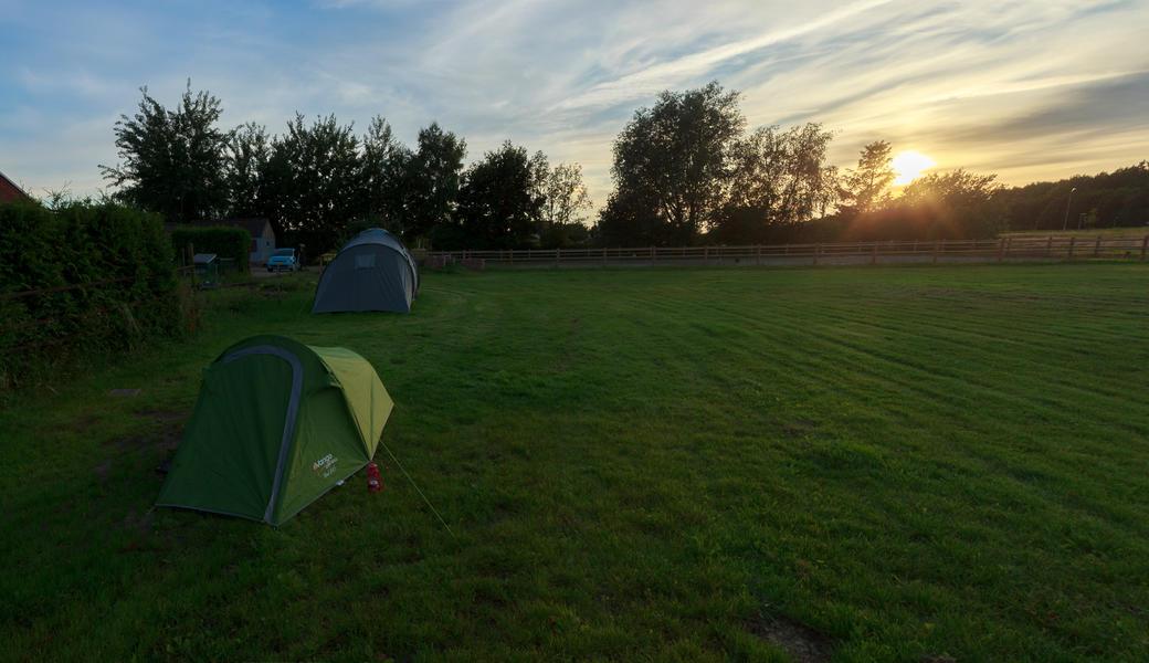 Micro camping in peat dam #1