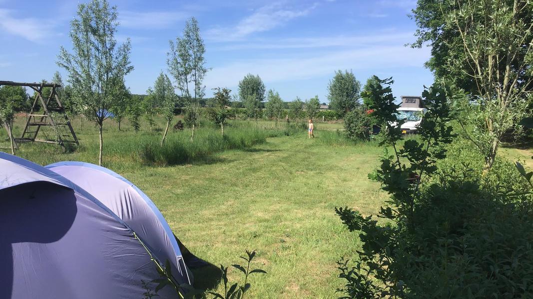 Minicamping met zwemvijver en vuurplaatsen op Landgoed. 2ha wandelgebied #30