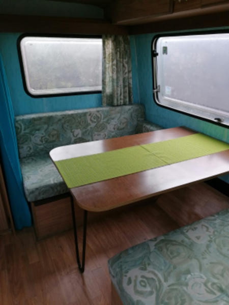 Birre's - Retro - Caravan #3