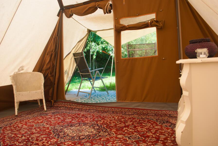 Camping in a de Waard Albatros, on the organic bynamic farm #7