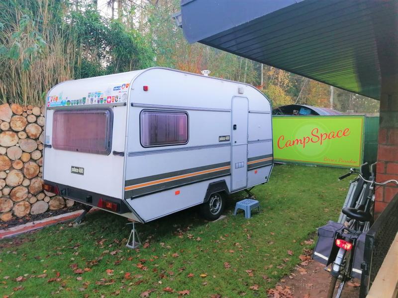 Birre's - Retro - Caravan #1