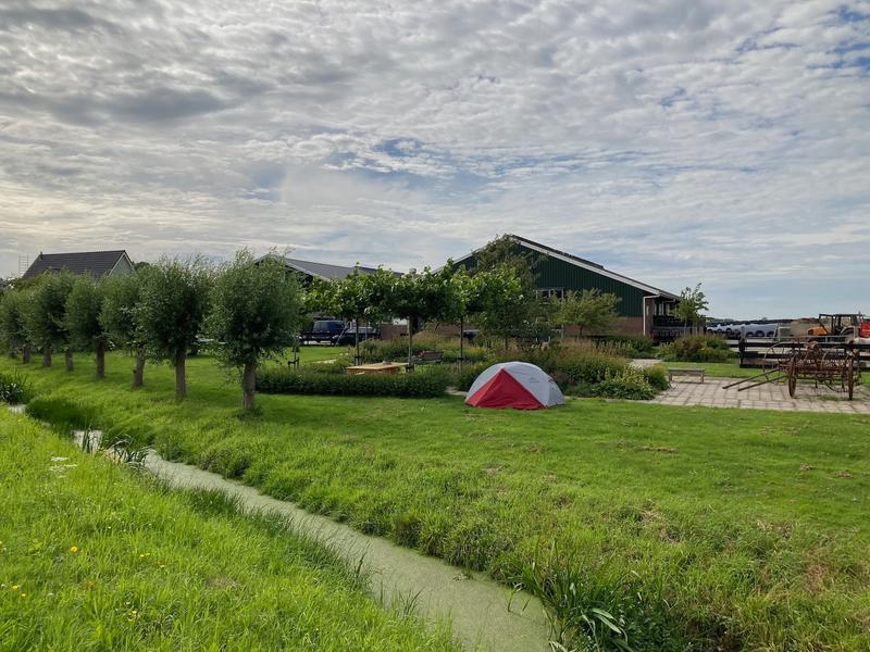 Microkamperen op zorgboerderij in de polder #1