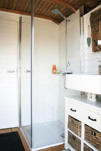 Retro caravan with private sauna en sanitary facilities in Utrecht #10