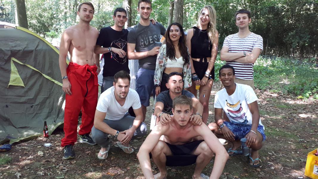 Tomorrowland Camping Garden #15
