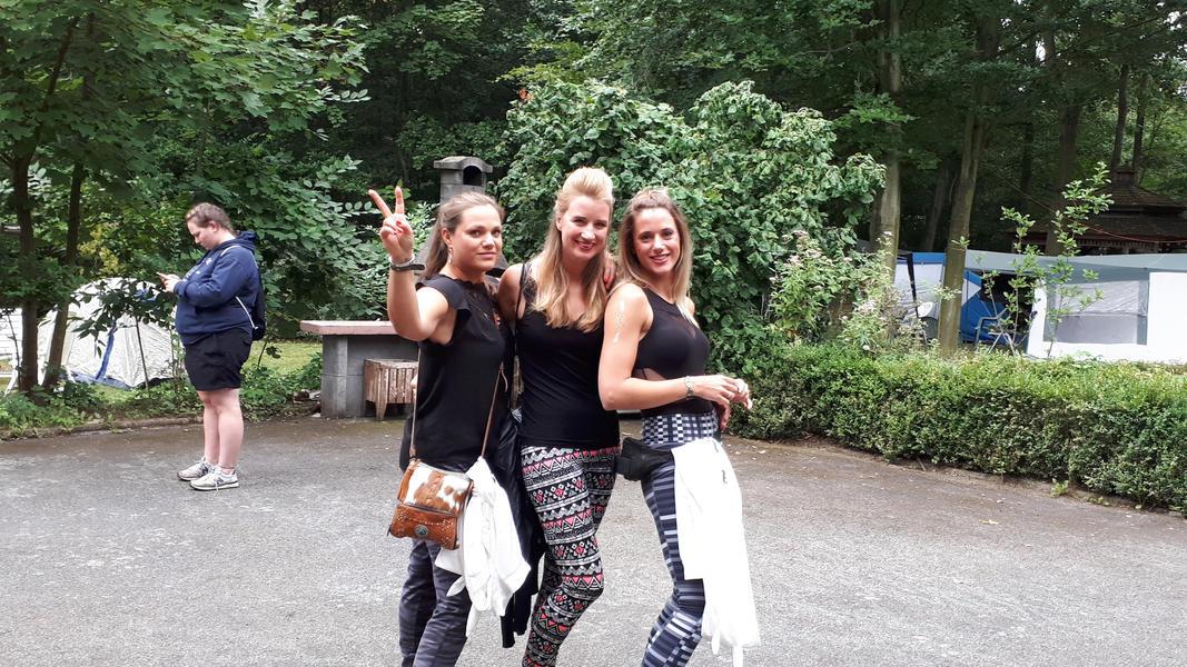 Tomorrowland Camping Garden #16