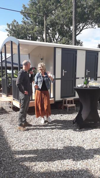 Kamperen in onze tent met zicht op Delft #15