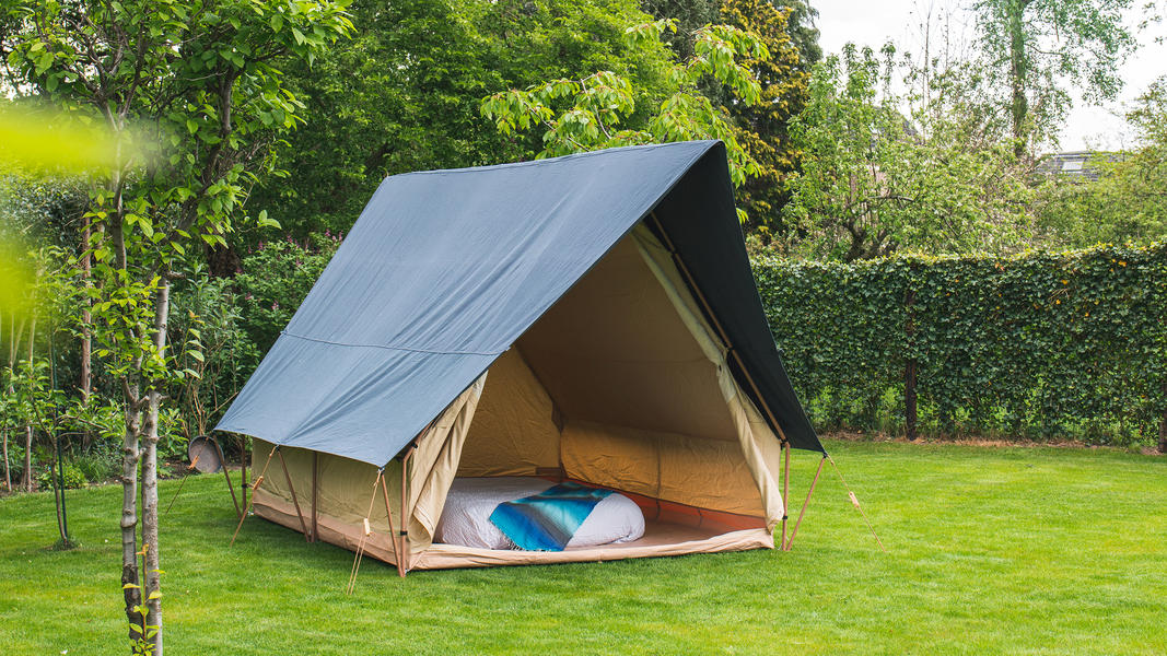 Spend the night in a (already set up) luxury tent near the Pieterpad #2