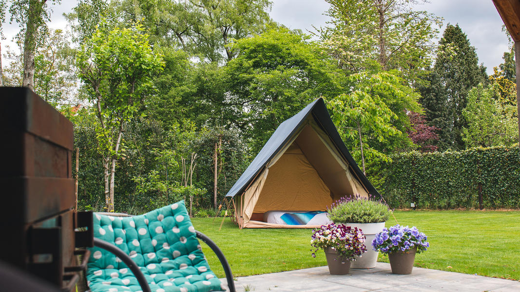 Spend the night in a (already set up) luxury tent near the Pieterpad #3