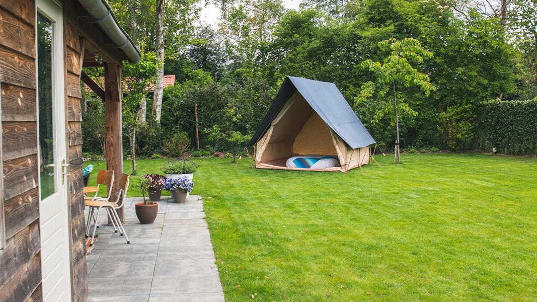Spend the night in a (already set up) luxury tent near the Pieterpad #6
