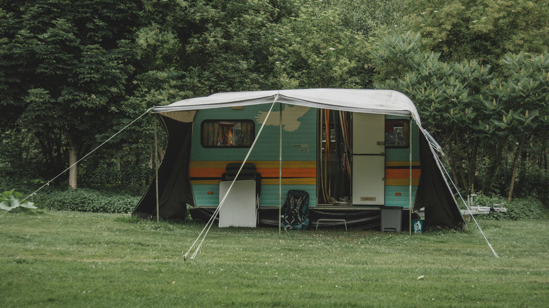 Romantic stay in a retro caravan in a special place #9