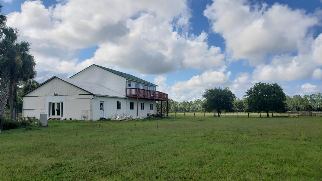 Justin's Farmhouse Near The Beach #4
