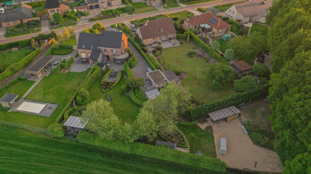 Beautiful green garden next nature place Malesbroek #5