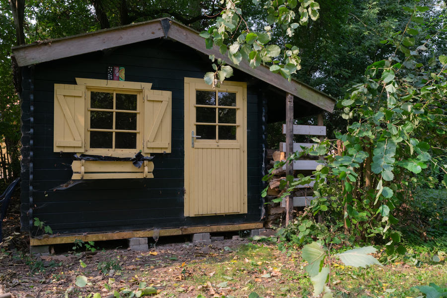 Log cabin with large private camping meadow, in a quiet area on the river Waal. #8