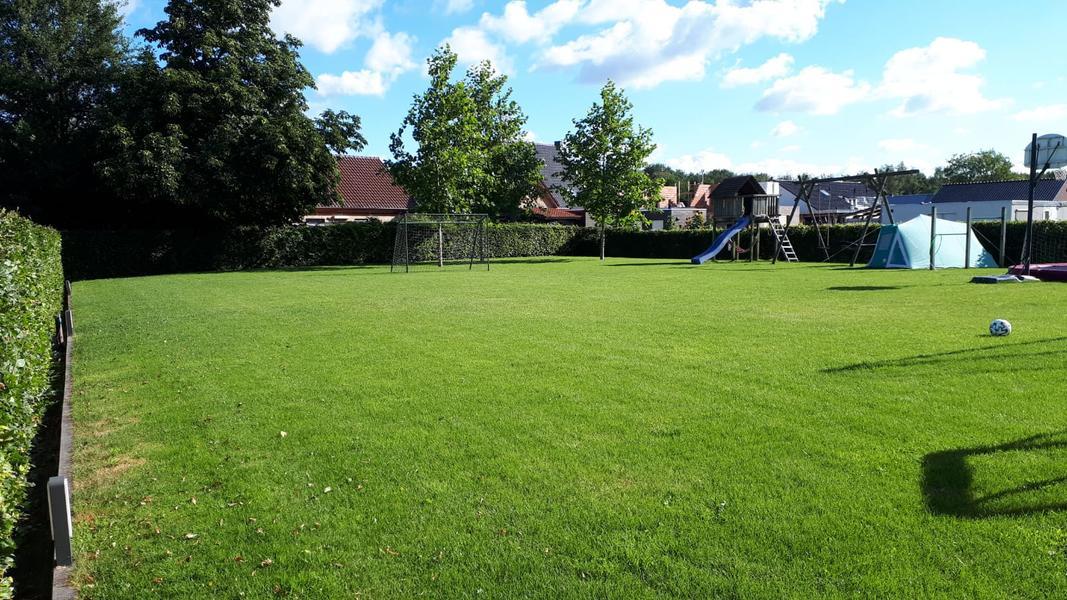 Ruime kindvriendelijke achtertuin, op paar minuten fietsen van De Maashorst #1