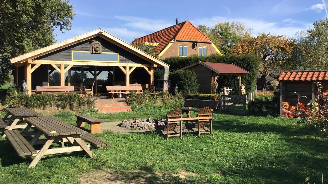 Mini-Campingplatz mit Schwimmteich und Kaminen auf dem Anwesen. 2ha Gehfläche #9
