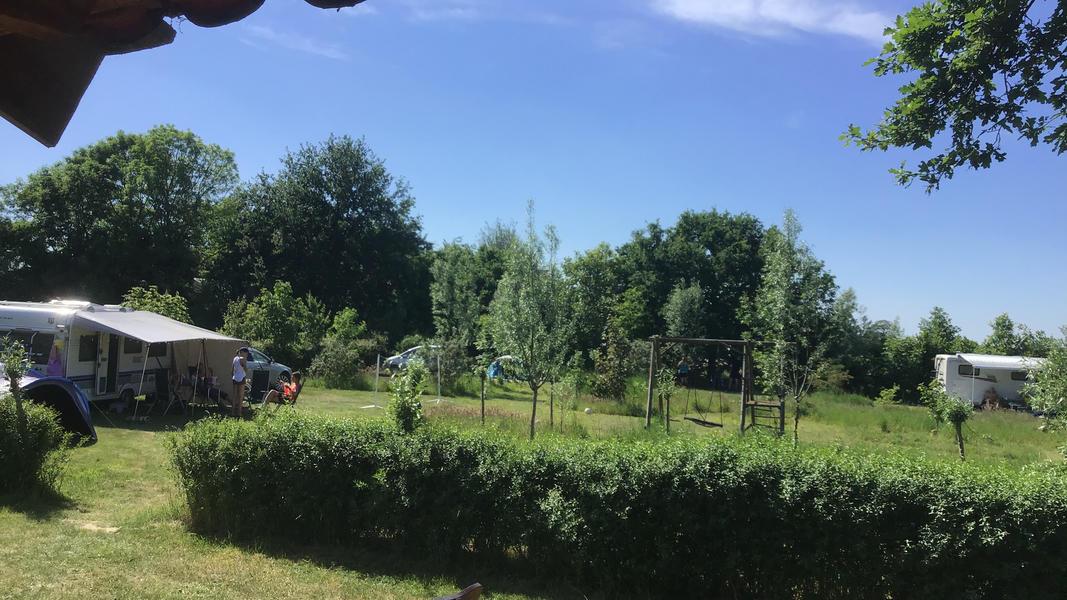Mini-Campingplatz mit Schwimmteich und Kaminen auf dem Anwesen. 2ha Gehfläche #32