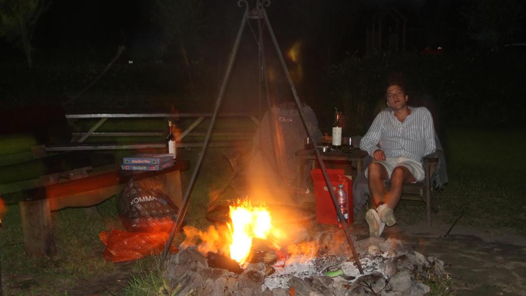 Mini-Campingplatz mit Schwimmteich und Kaminen auf dem Anwesen. 2ha Gehfläche #56