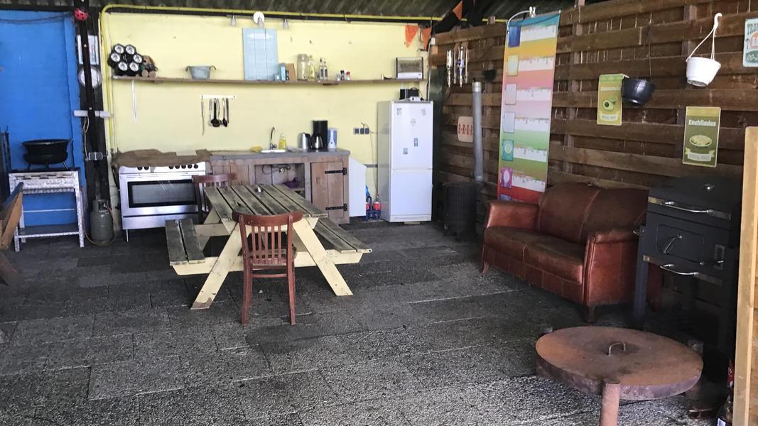 Mini-Campingplatz mit Schwimmteich und Kaminen auf dem Anwesen. 2ha Gehfläche #6