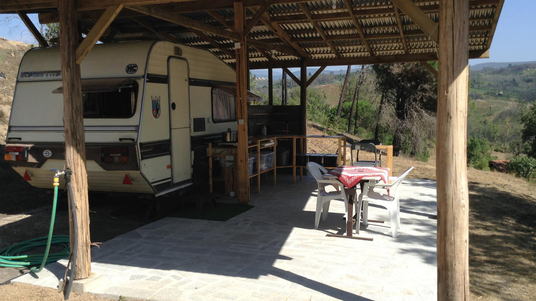 Peaceful caravan with private kitchen on David and Eli's farm in central Portugal #2