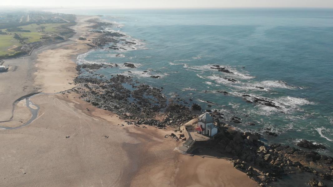 Valadares - Beach Van #30
