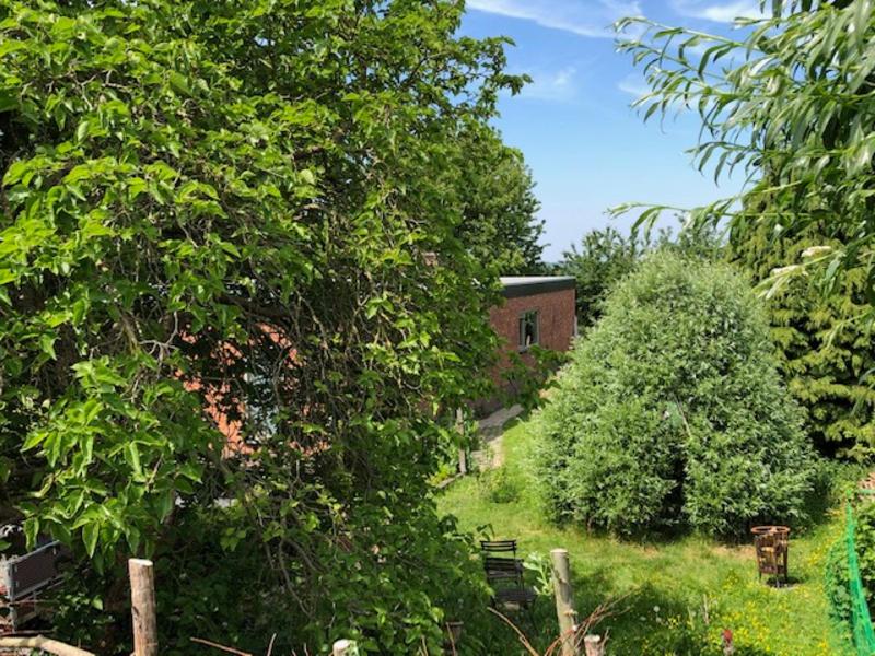 Kamperen in de tuin naast bungalow met een mooi uitzicht ! #12