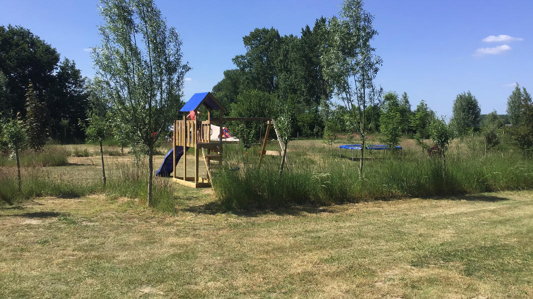 Mini campsite with swimming pond and fire places on the estate. With 2 ha of walking area. #11