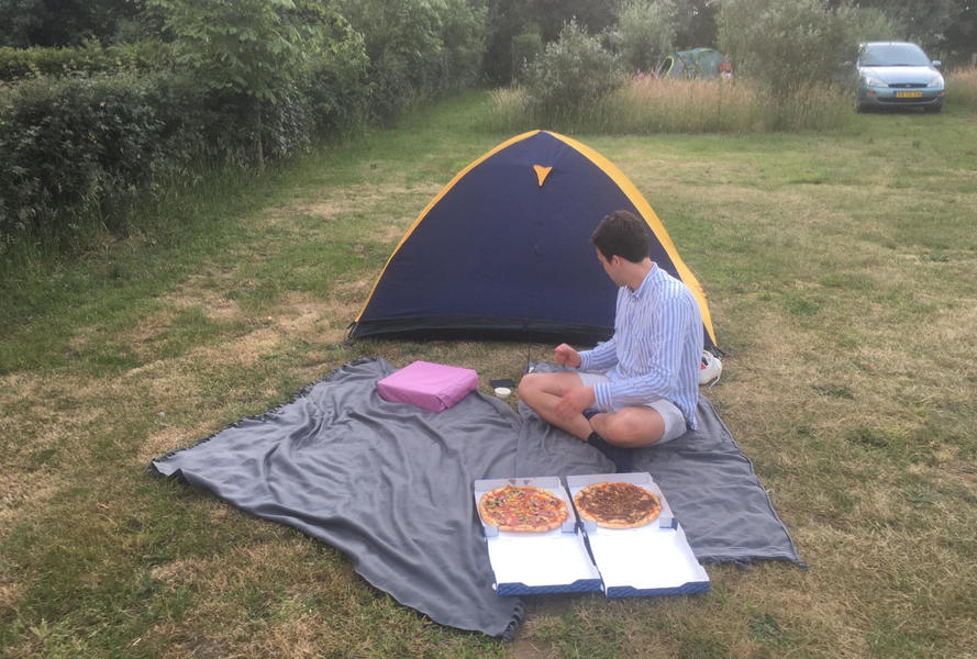 Mini campsite with swimming pond and fire places on the estate. With 2 ha of walking area. #46