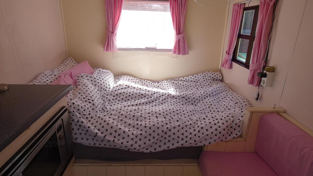 Cozy, cozy overnight stay in a gypsy wagon! #8