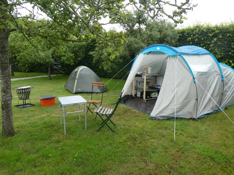 Glamping in the orchard at 'farm under the oak'. #8