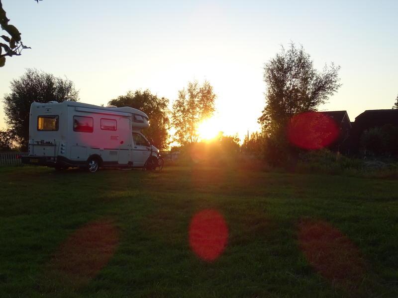 Idyllische camperplaats midden in de polder, met veel rust en ruimte