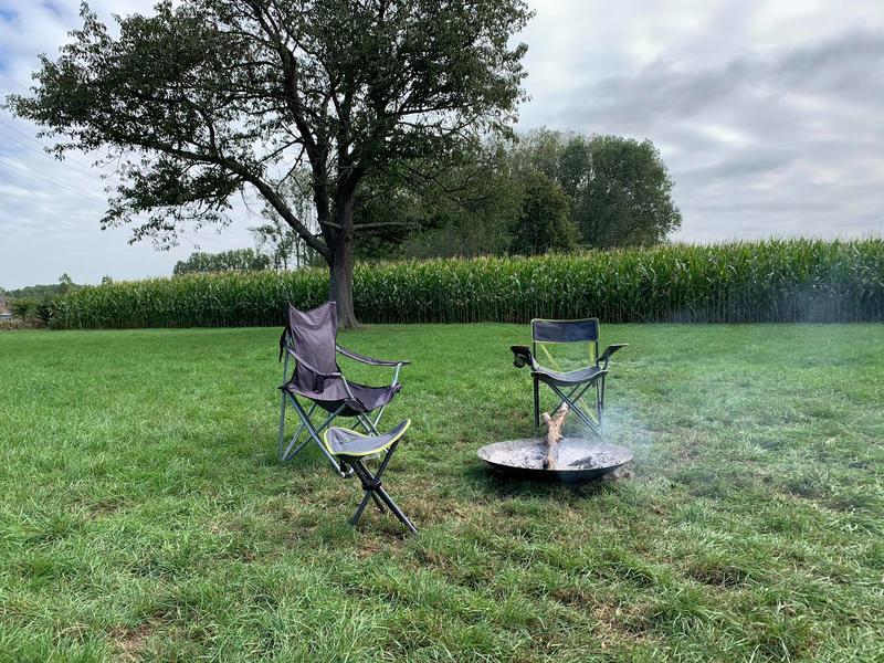 Idyllisches Zelten mitten auf den Feldern #10