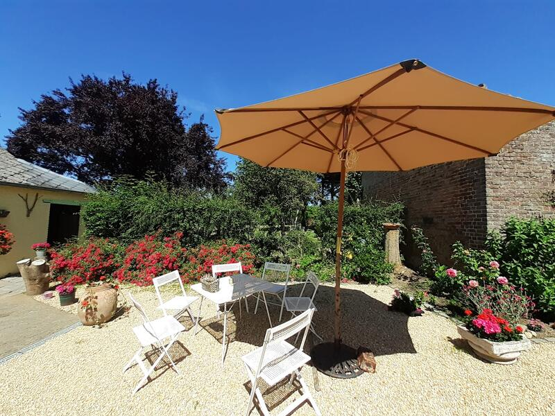 Montigny House private camping #9