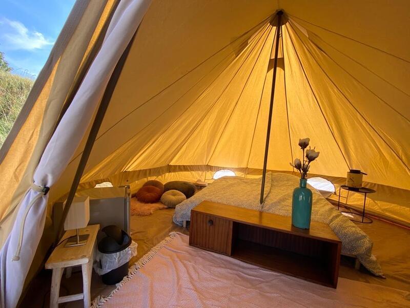 Rent a furnished tent at Fort Vuren #1