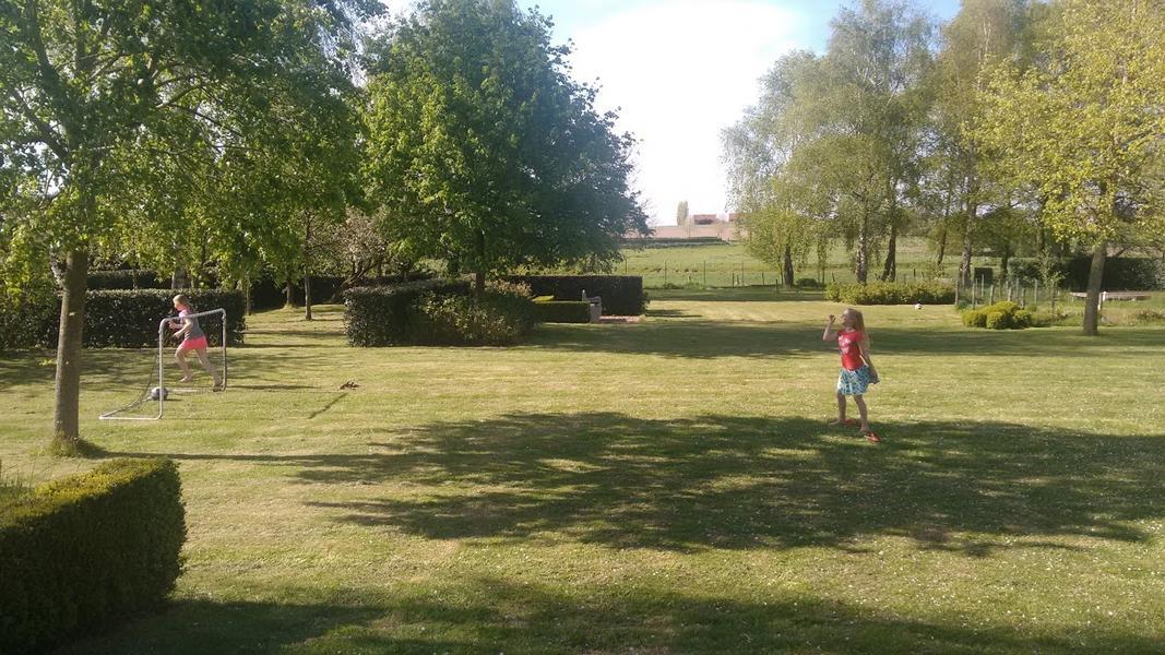 prachtige tuin in rustig dorp niet ver van Brugge; mooie natuur #2