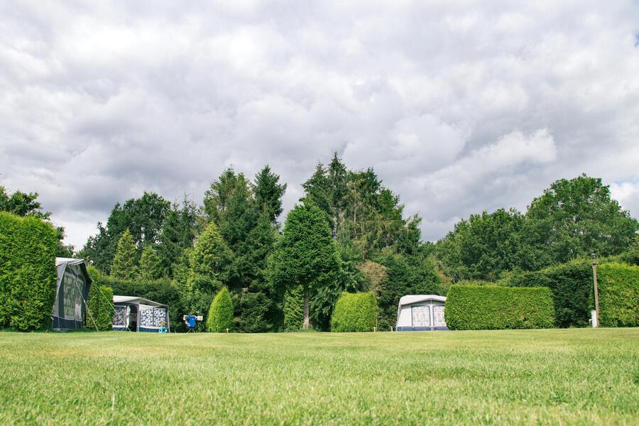Aan de bosrand, gezellig mini camping #2