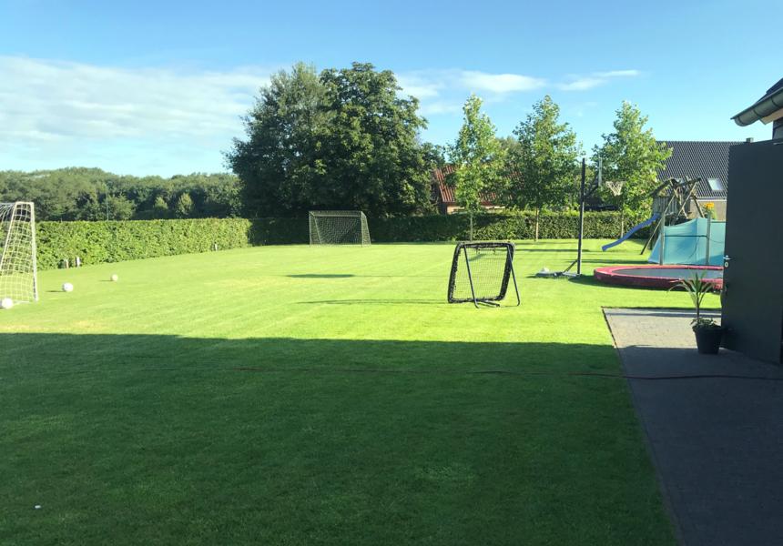 Ruime kindvriendelijke achtertuin, op paar minuten fietsen van De Maashorst #4
