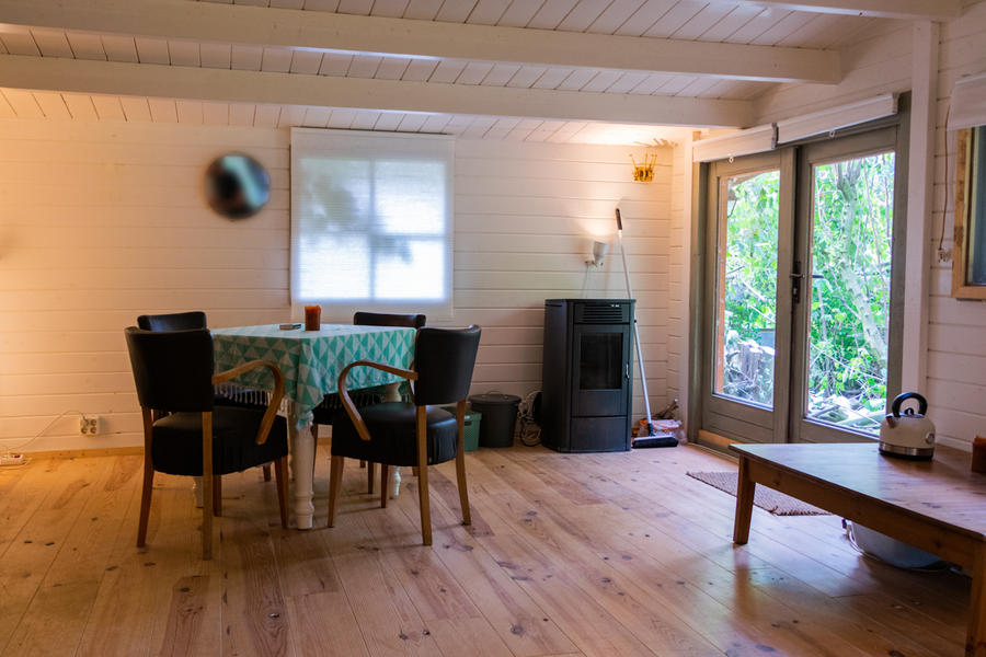 Log cabin with large private camping meadow, in a quiet area on the river Waal. #6