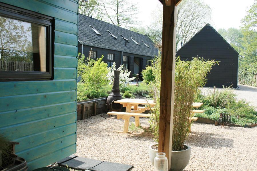Retro caravan with private sauna en sanitary facilities in Utrecht #8