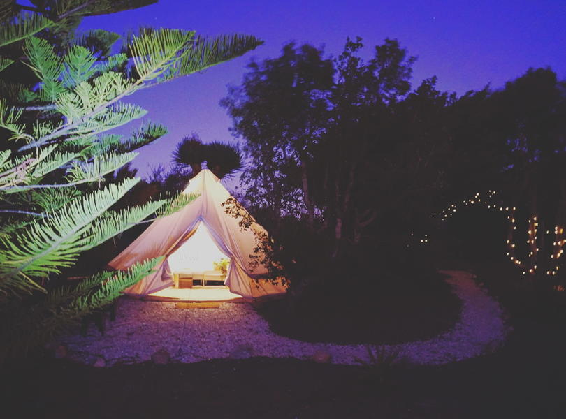 PRIVATE LUXURY BELL TENT SET IN TROPICAL GARDEN #10