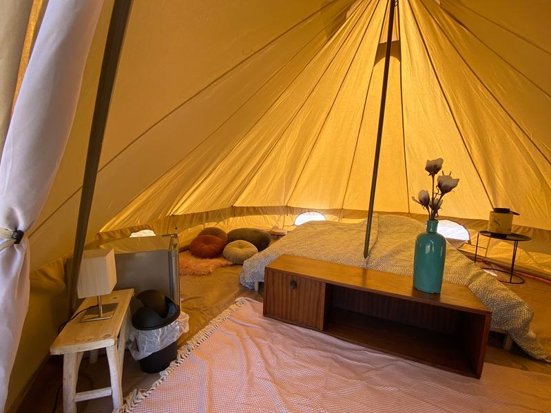 Rent a furnished tent at Fort Vuren #3