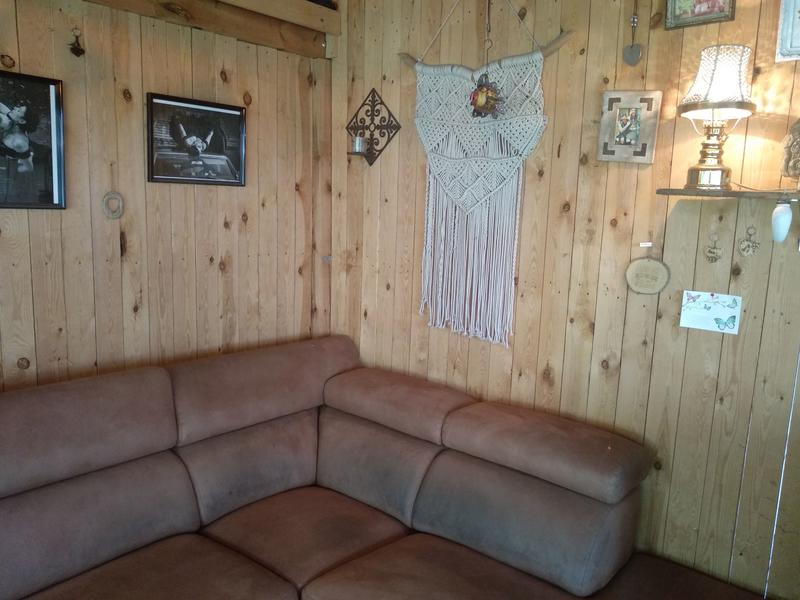 Anneke Panneke's paradise sleeping in our Yvonneke - retro caravan #4