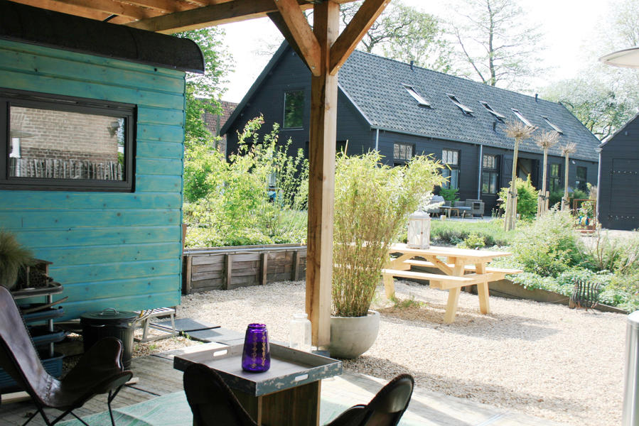 Retro caravan with private sauna en sanitary facilities in Utrecht #12