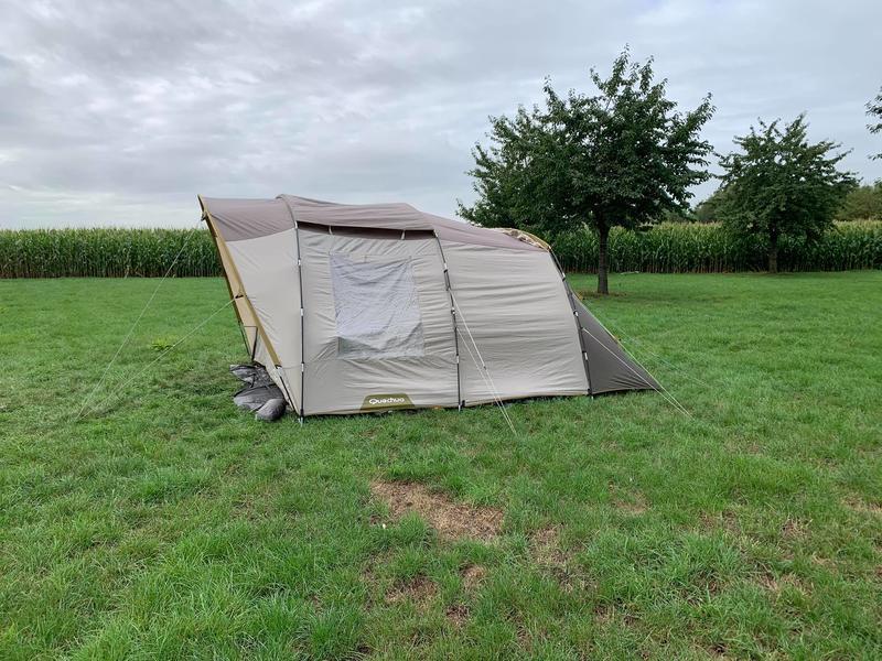 Idyllisches Zelten mitten auf den Feldern #8