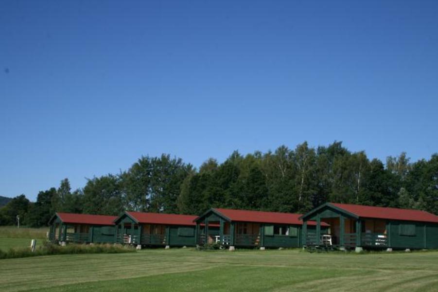 6-person Log cabin